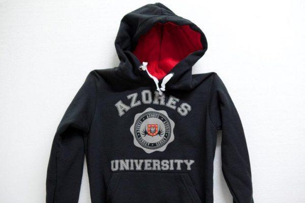 Sweat-Shirt with hood