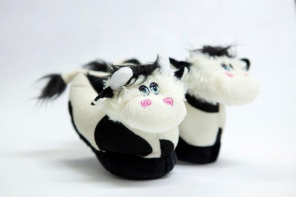 Child slippers in little cow shape