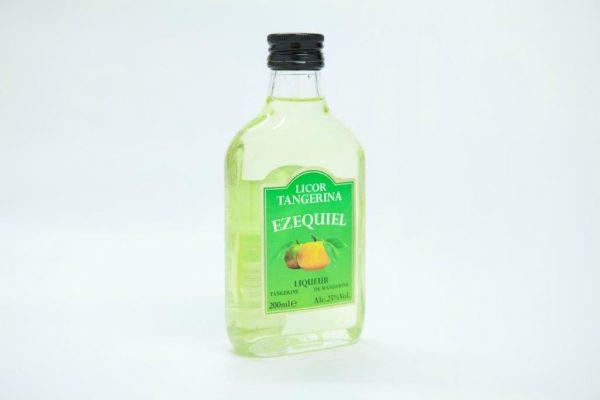 Medium bottle of 200ml of tangerine liqueur